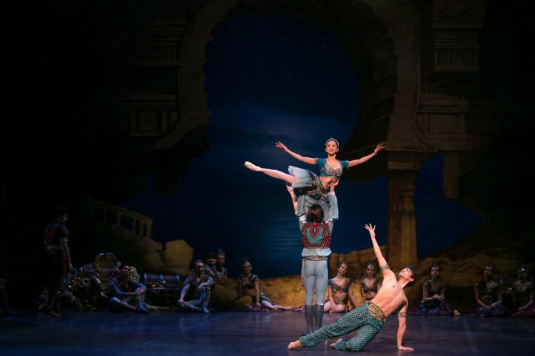16 English National Ballet in Le Corsaire with Erina Takahashi and Francesco Gabriele Frola and Jeffrey Cirio @ Dasa Wharton