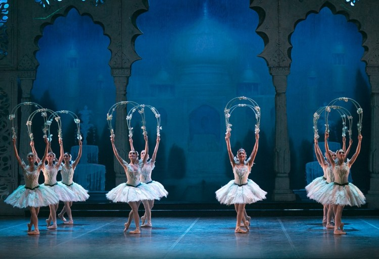 23 English National Ballet in Le Corsaire @ Dasa Wharton