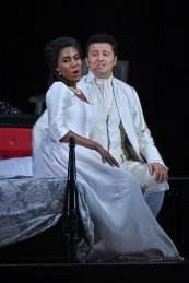J'Nai Bridges with Piotr Beczala in Luisa Miller at the Liceu in Barcelona 2019 © A Bofill