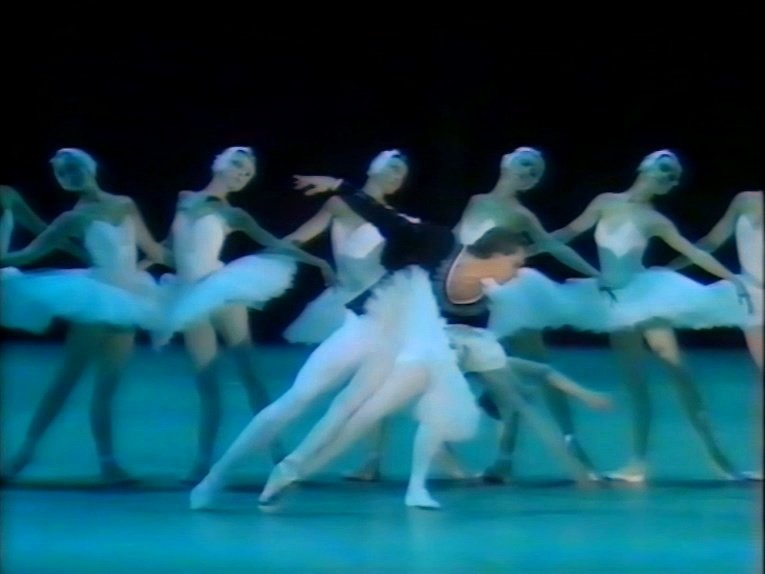 Natalia Makarova and Konstantin Zaklinsky in Swan Lake Act 2 adagio 4