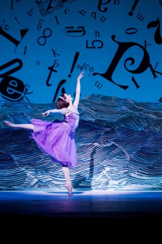 Alice's Adventures in Wonderland. Lauren Cuthbertson as Alice. © ROH, Johan Persson, 2011