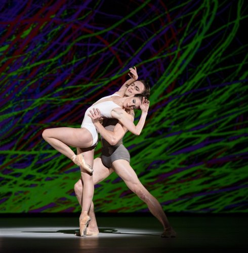 Connectome. Lauren Cuthbertson, Matthew Ball. © ROH, 2015. Photographed by Bill Cooper