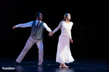 Silvia Azzoni and Alexander Ryabko in Nocturnes © Graham Spicer