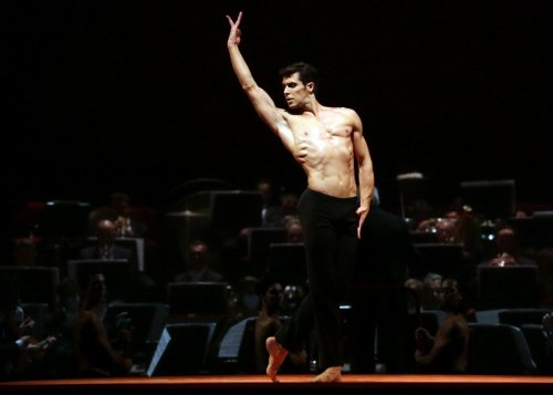 Ballet Gala - Roberto Bolle - Boléro, photo by Brescia e Amisano Teatro alla Scala-01