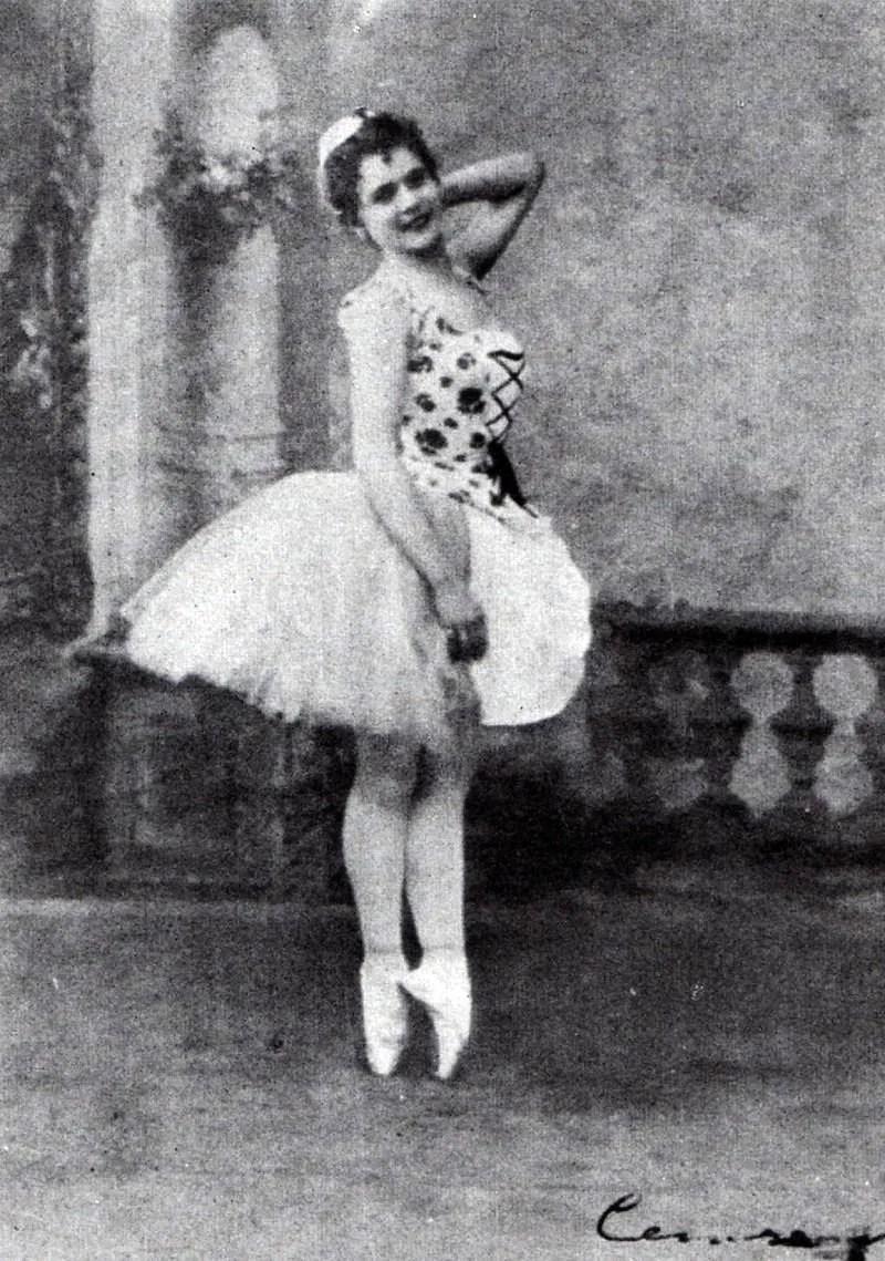 Pierina Legnani in Cinderella, 1893