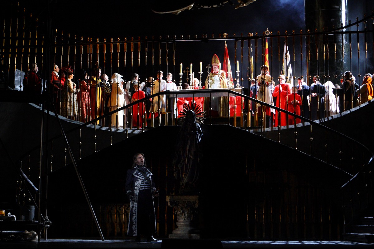 Tosca, The Royal Opera © ROH 2018. Photo by Catherine Ashmore