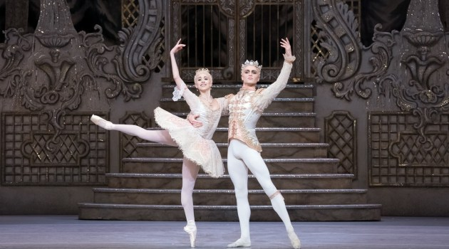 Yasmine Naghdi as The Sugar Plum Fairy and Matthew Ball as The Prince in The Nutcracker, The Royal Ballet © 2017 ROH, photo by Karolina Kuras