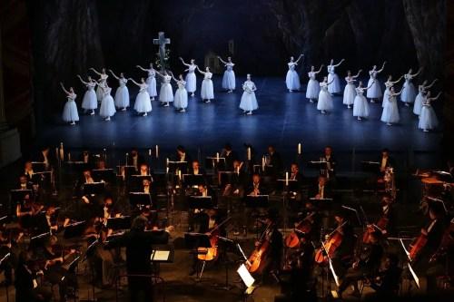 Giselle, Act Two, photo Brescia e Amisano © Teatro alla Scala