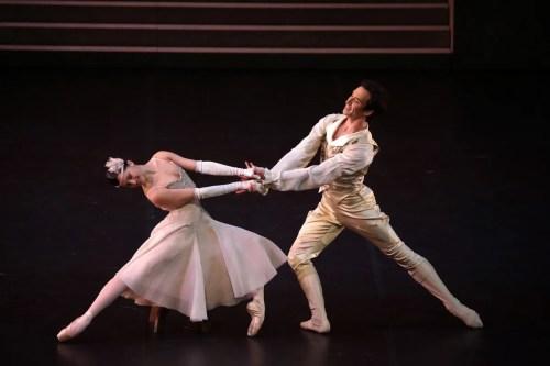Cinderella - Alessandra Vassallo, Gabriele Corrado, photo by Brescia e Amisano ©Teatro alla Scala-01