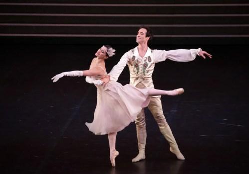 Cinderella - Alessandra Vassallo, Gabriele Corrado, photo by Brescia e Amisano ©Teatro alla Scala-02