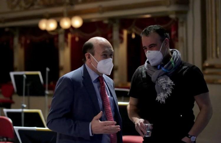Dominique Meyer (left) with Carlos Alvarez © Teatro alla Scala