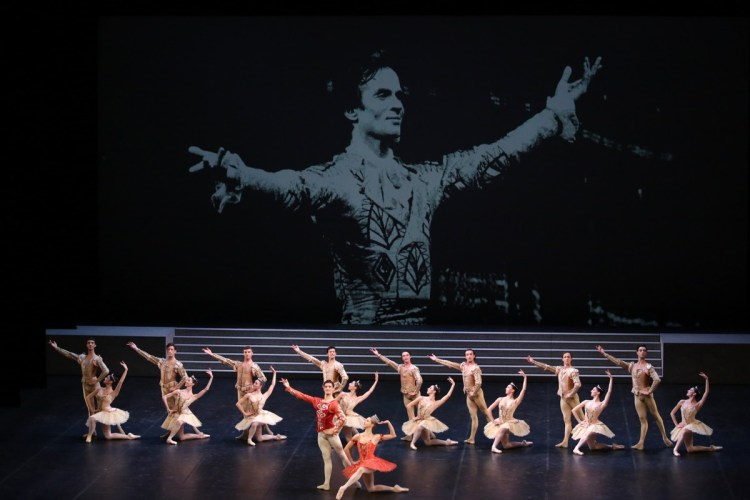 Raymonda - Virna Toppi, Nicola Del Freo e il Corpo di Ballo, photo by Brescia e Amisano ©Teatro alla Scala-02