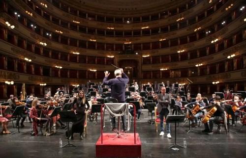 Rehearsals at La Scala with Maria Agresta, Francesco Meli and Nicola Luisotti, photo by Brescia e Amisano ©Teatro alla Scala