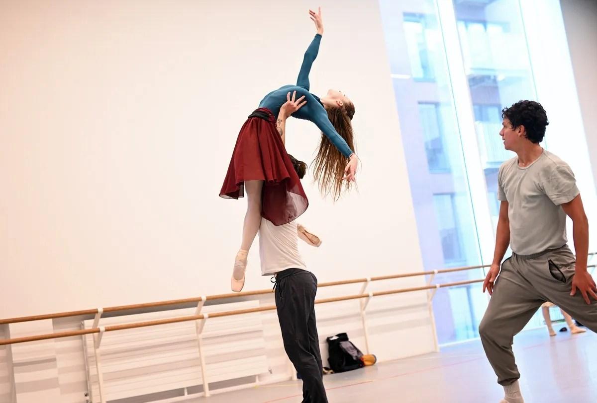Rehearsals, photo by Laurent Liotardo-01