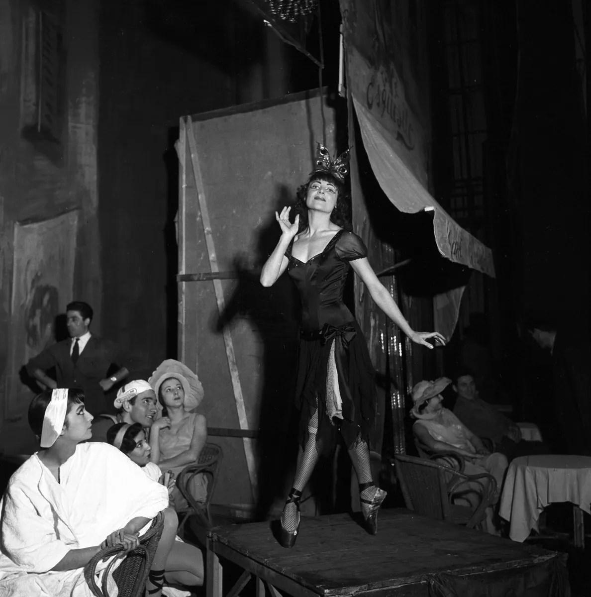 1956 Luciana Novaro in Mario e il mago, photo by Erio Piccagliani © Teatro alla Scala-01