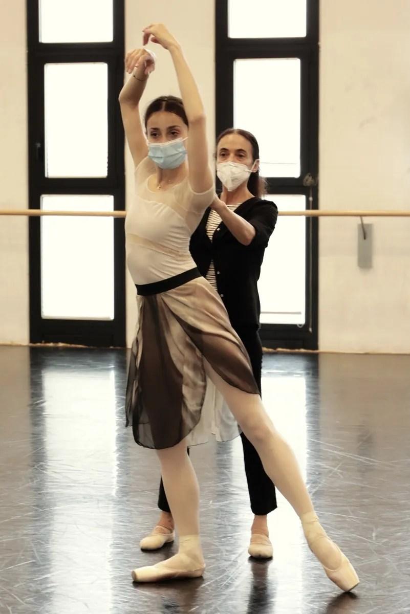 Masterclass - Alessandra Ferri with Nicoletta Manni - photo by Brescia e Amisano ©Teatro alla Scala (23)