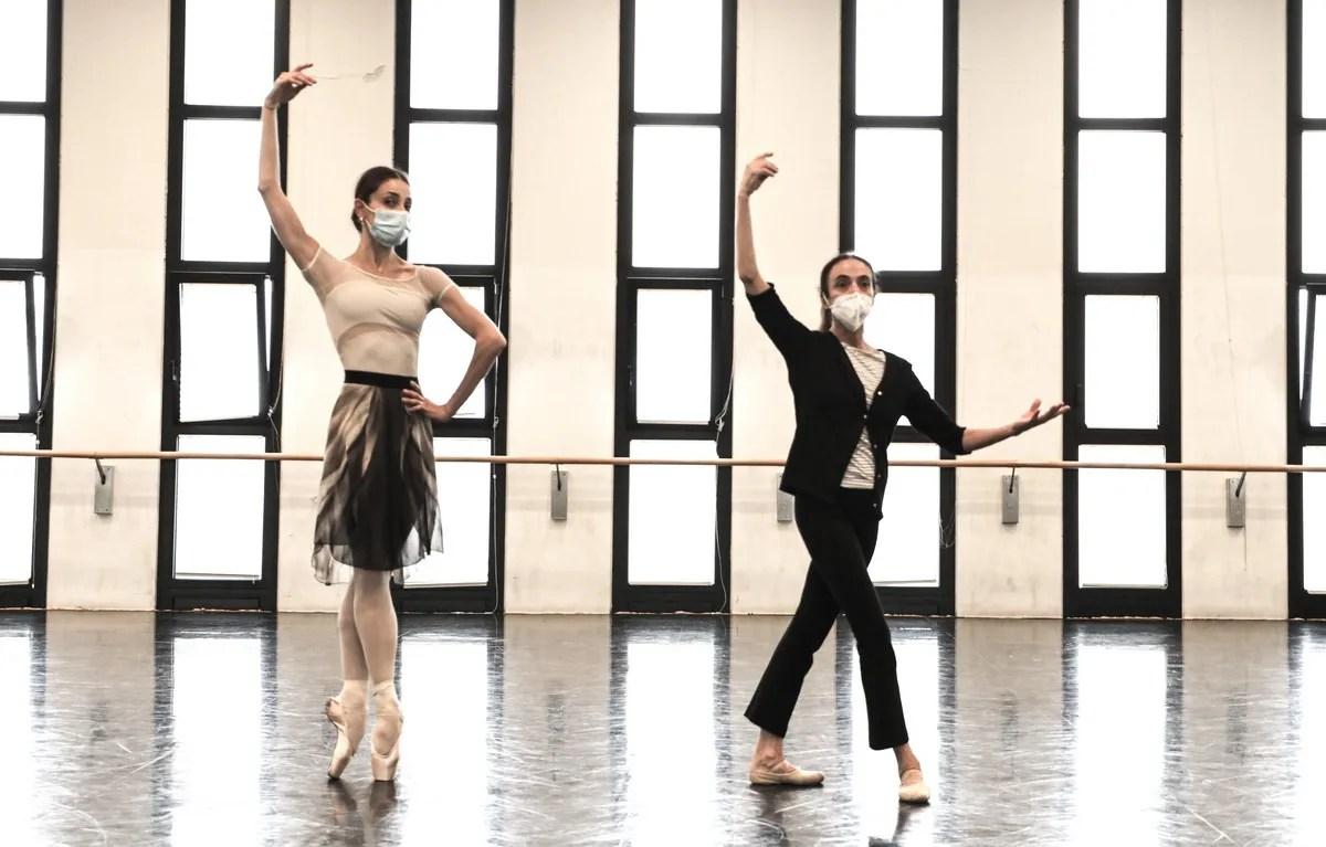 Masterclass - Alessandra Ferri with Nicoletta Manni - photo by Brescia e Amisano ©Teatro alla Scala