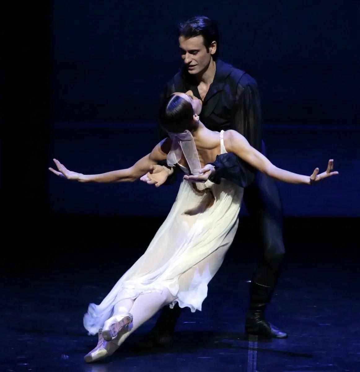 Onegin - Nicoletta Manni and Marco Agostino, photo by Brescia e Amisano © Teatro allla Scala