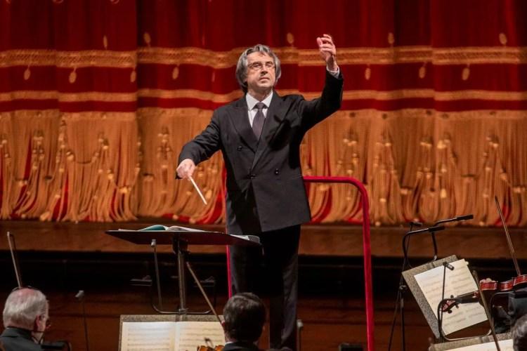 Riccardo Muti and the Vienna Philharmonic, photo by Silvia Lelli
