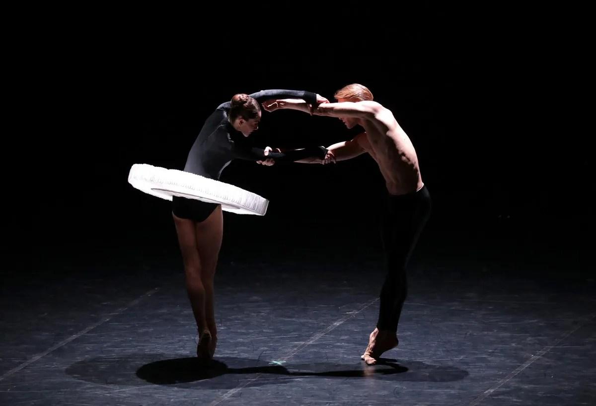 MOVEMENTS TO STRAVINSKY Nicoletta Manni Timofej Andrijashenko, photo by Brescia e Amisano ©Teatro alla Scala (7)