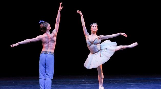 Marianela Nunez and Vadim Muntagirov, Le Corsaire, photo © Graham Spicer