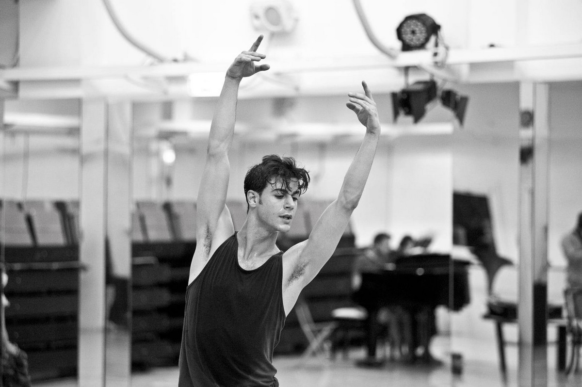 Davide Dato rehearses Uwe Scholz's Rite of Spring © Giuseppe Distefano - 3