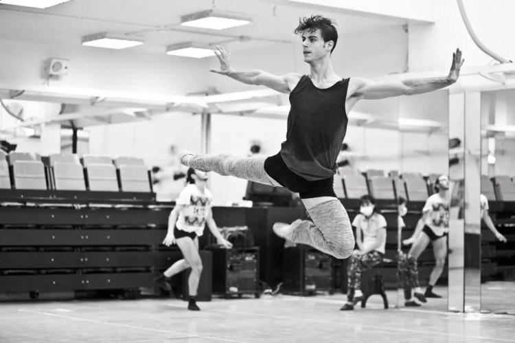 Davide Dato rehearses Uwe Scholz's Rite of Spring © Giuseppe Distefano - 4