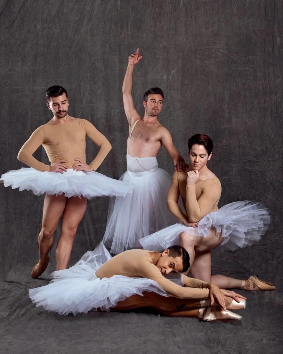 Ballet22 in tutus