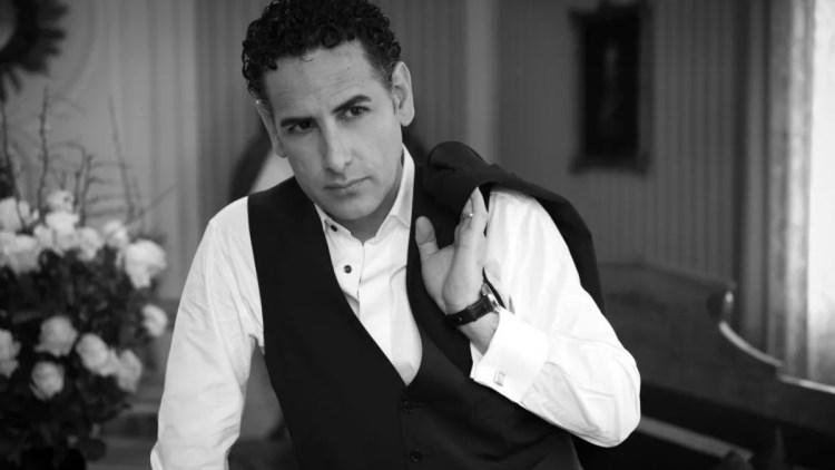 Juan Diego Flórez, photo by Manfred Baumann