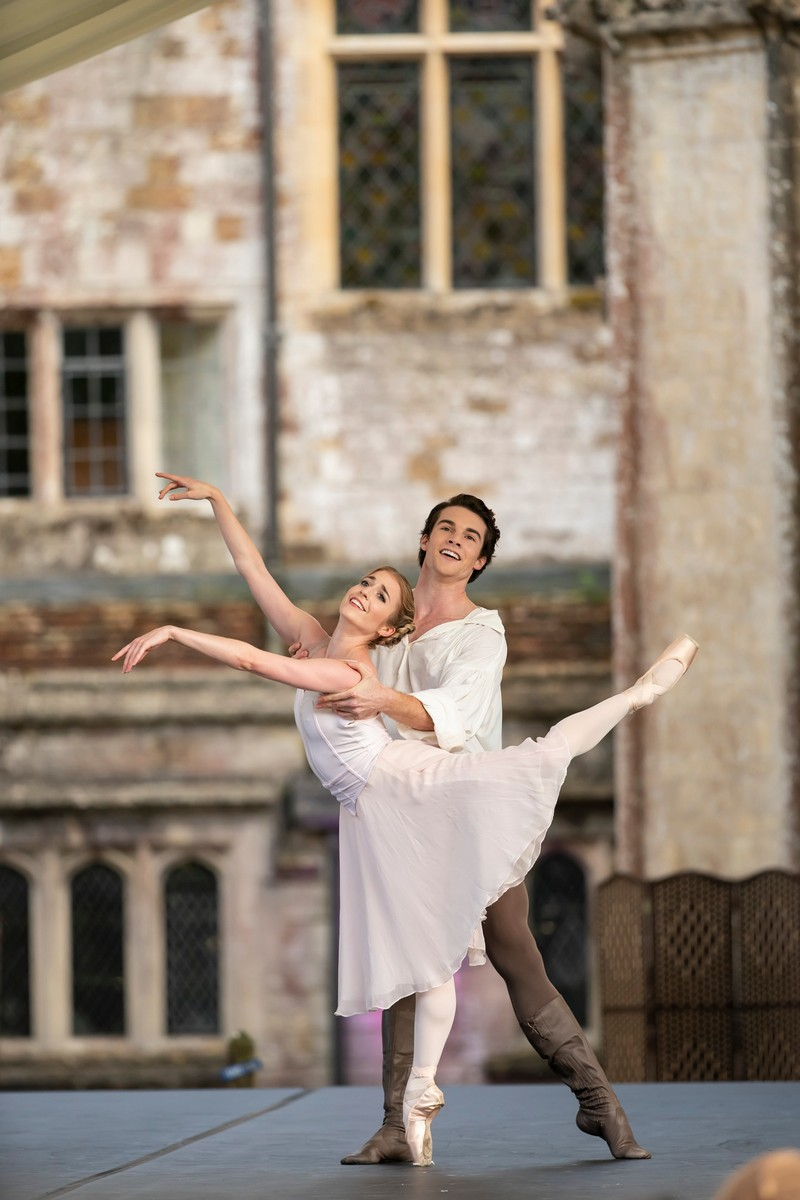 Meaghan Grace Hinkis and David Donnelly in John Cranko's Onegin, photo by Bill Cooper