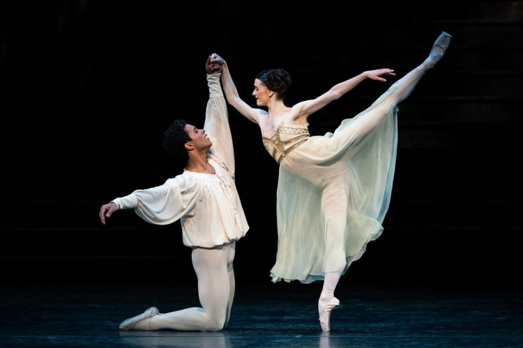 Marcelino Sambé and Anna Rose OSullivan as in Romeo and Juliet, photo by Helen Maybanks