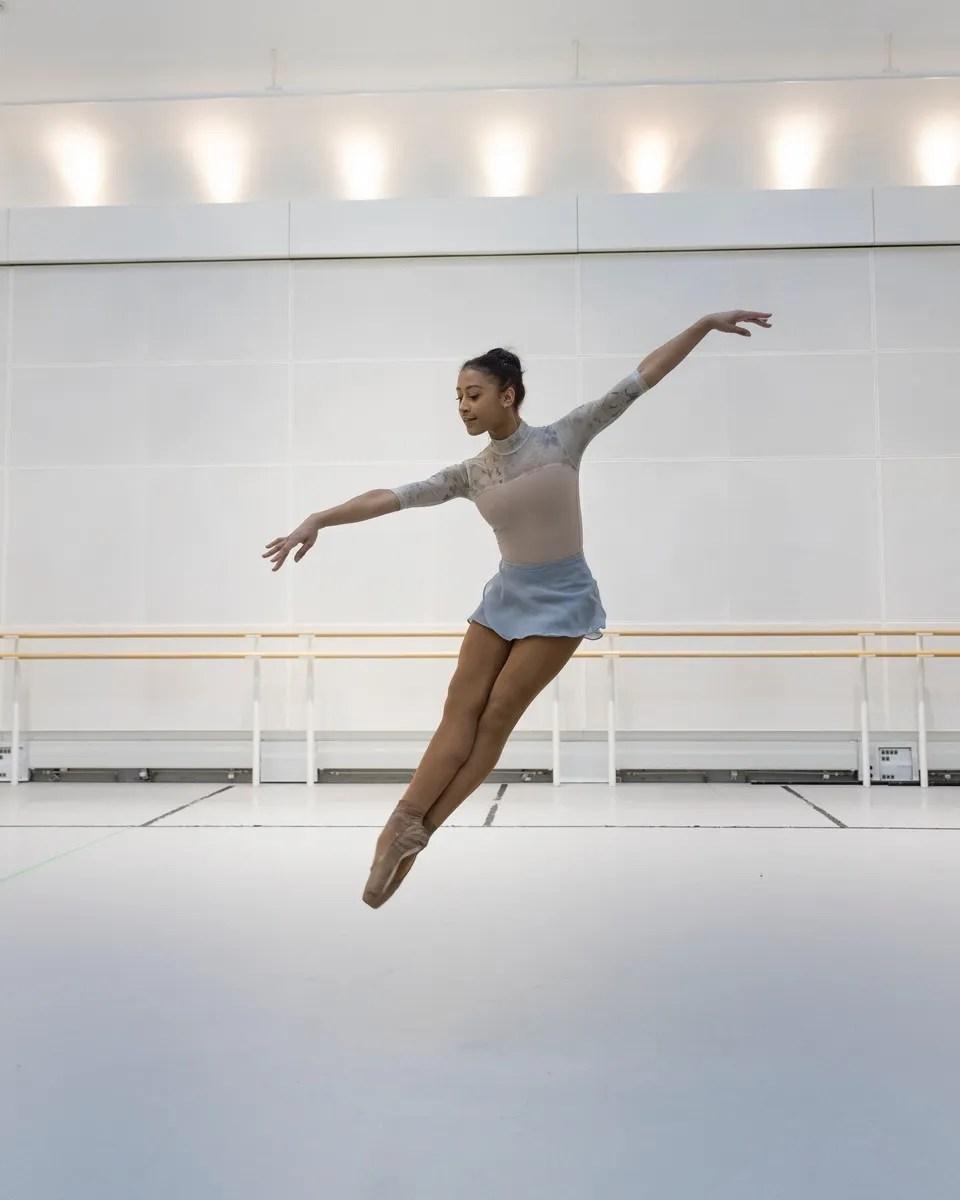 Marianna Tsembenhoi in rehearsal ©2021 ROH. Photograph by Andrej Uspenski.