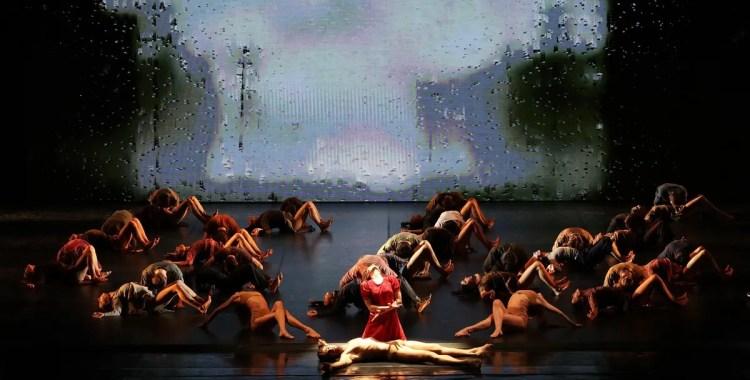 Madina - 51 - Roberto Bolle, Antonella Albano and the corps de ballet, photo by Brescia e Amisano ©Teatro alla Scala (1)