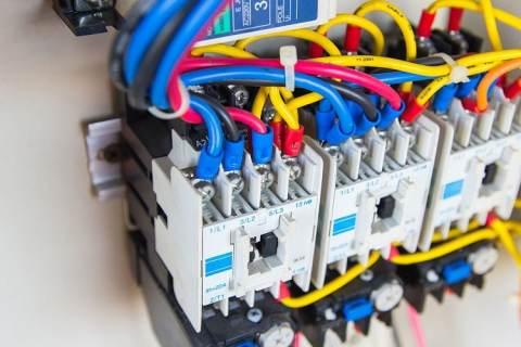 electricistas en Granada