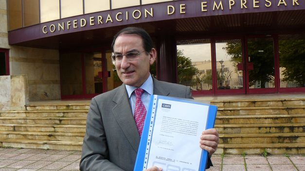 Javier-Gonzalez-Lara-CEA-organizaciones_TINIMA20140116_1880_5