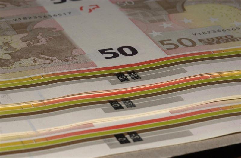 dinero|euros|tesoro