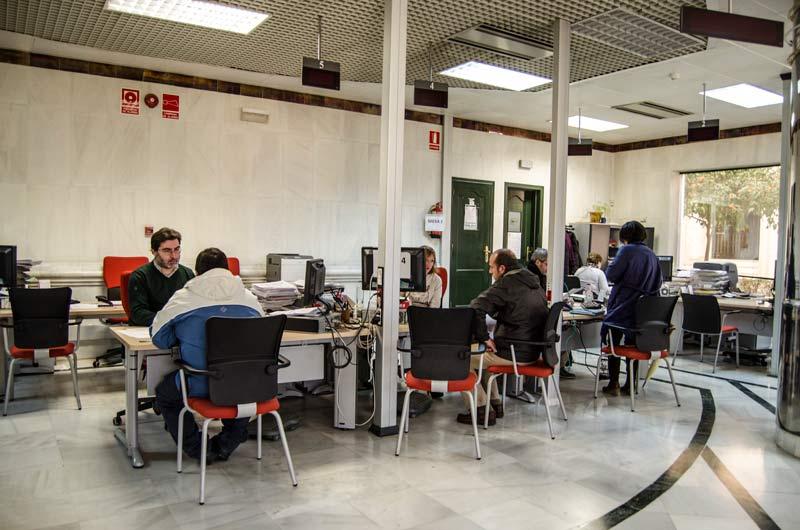Paro-Oficina-de-empleo-CarlosGil-4