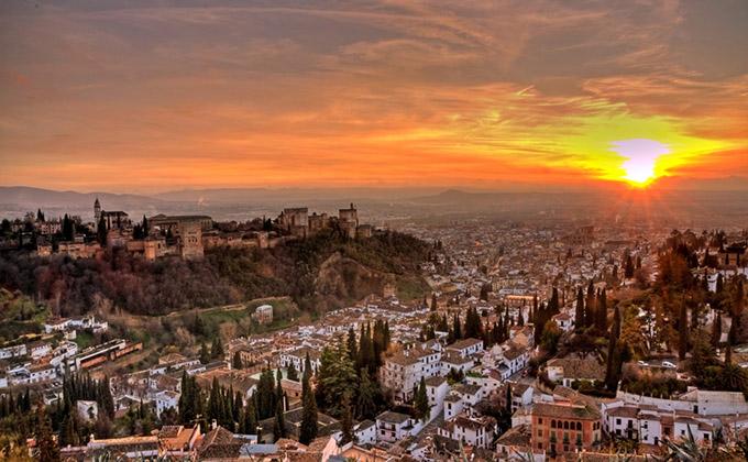 alhambra-puesta-sol-granada