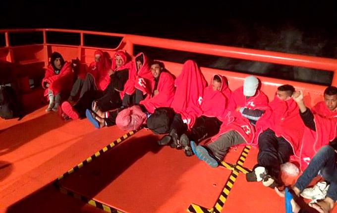 Inmigrantes--Rescate-PateraArchivo