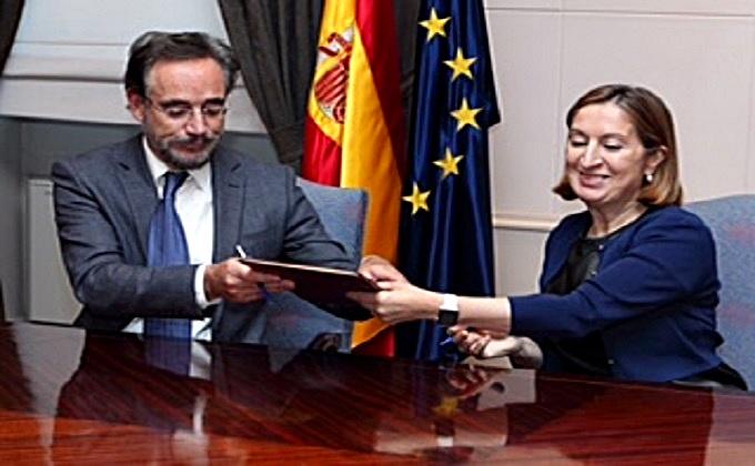 Firma -convenio- Santa Adela-Granada-ok