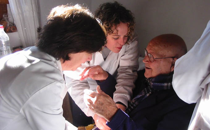 Servicios-Sociales-anciano