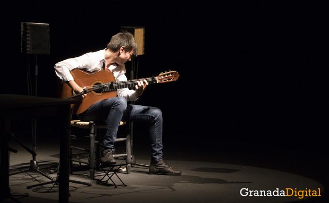 david-carmona-guitarrista-guitarra-flamenco