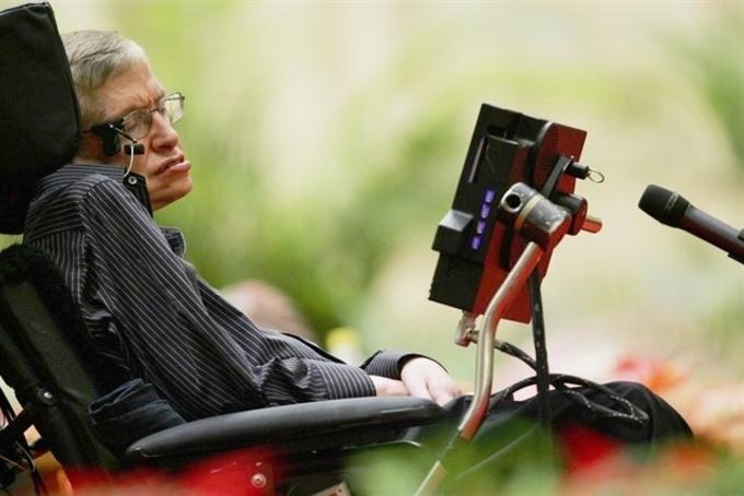 Stephen-Hawking-EP
