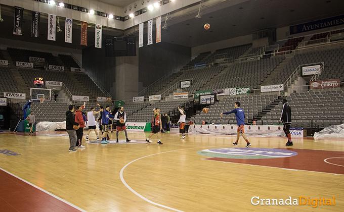 Entrenamiento Granada Baloncesto Coviran-26