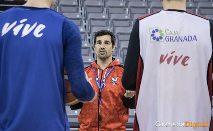 Entrenamiento Granada Baloncesto Coviran-7