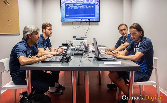 Entrenador Granada CF (10)