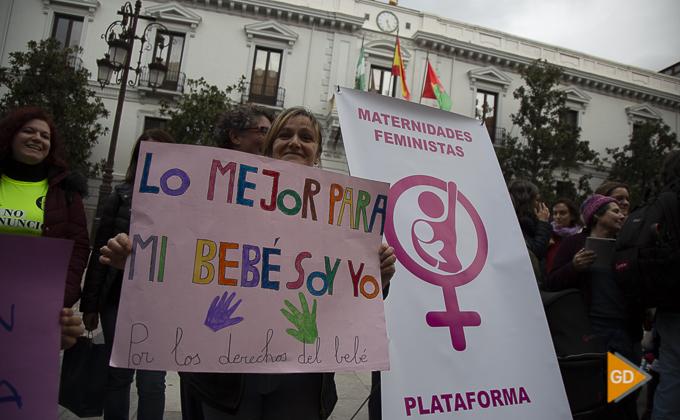 concentracion a favor de las madres en la plaza del carmen Foto Antonio L Juarez -9829