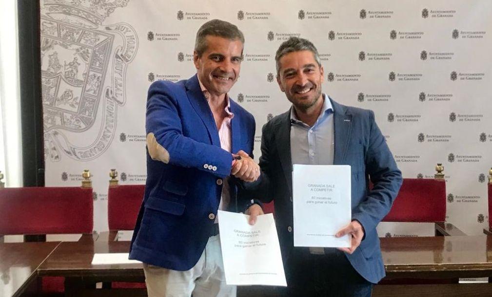 César Díaz y Manuel Olivares en la presentación 2.7.2019