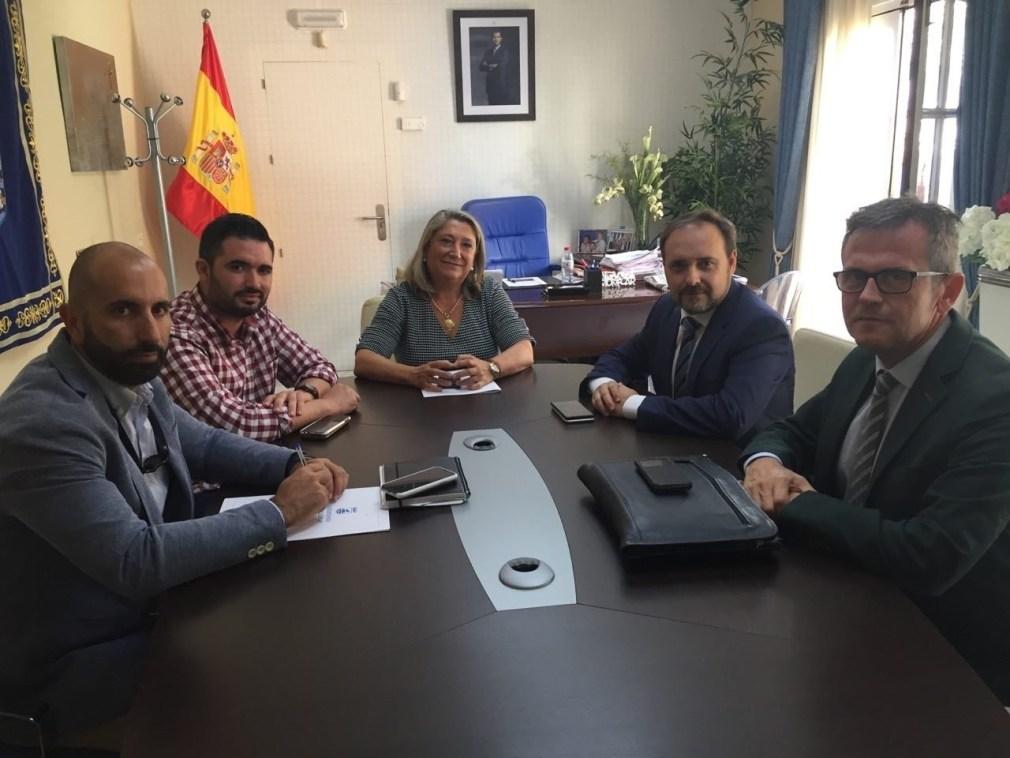 Reunión de la Junta con el Ayuntamiento de Almuñécar