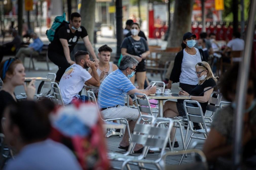 Terraza de un bar de Barcelona durante la Zona 1